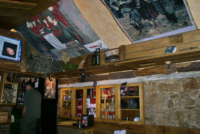 Львов. Ресторан Криївка. Фото.